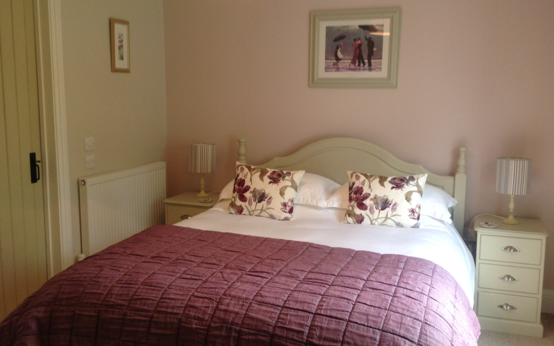 Freshly painted bedrooms look fabulous | Sara\'s Cottage